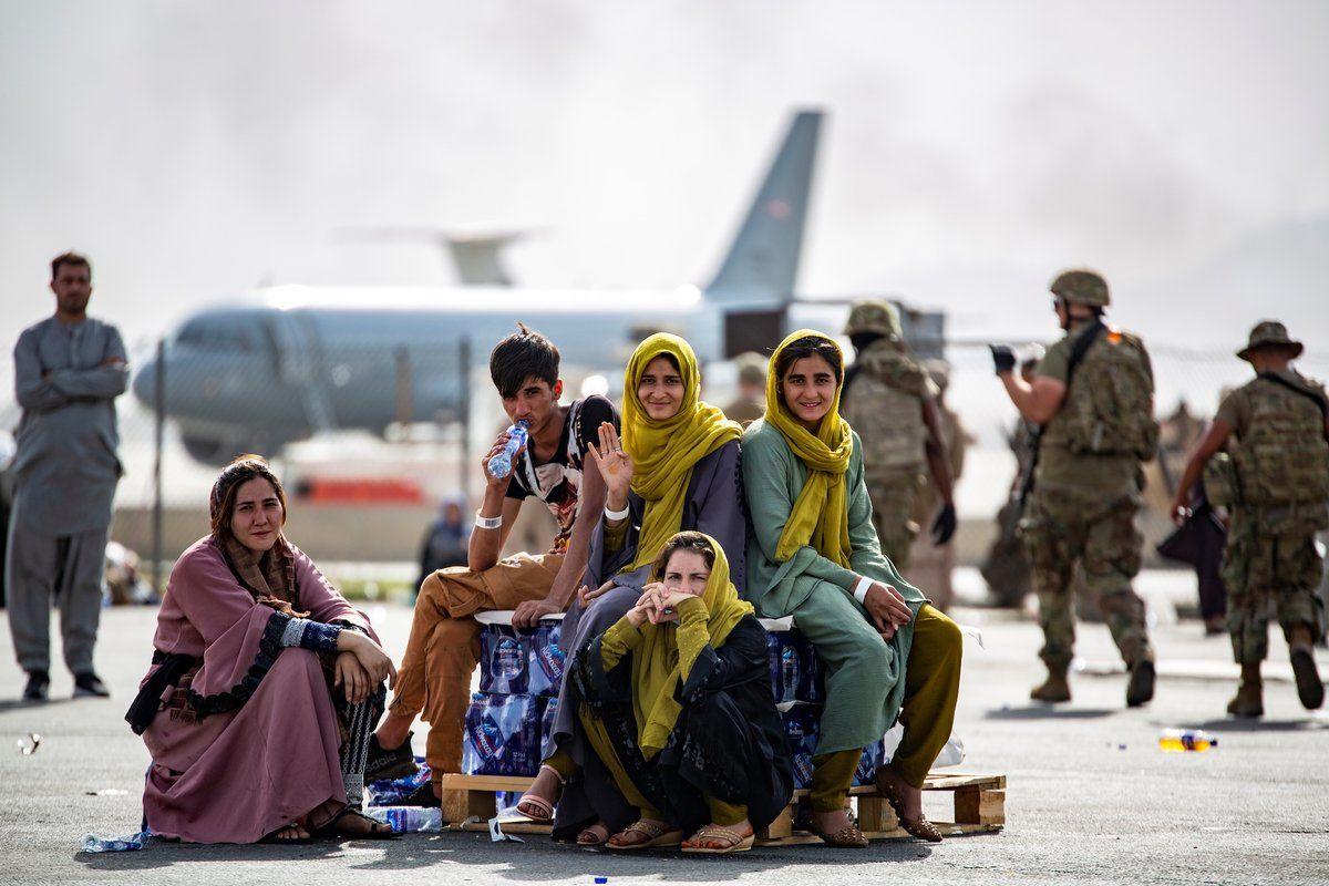 Еще плюс 100: Украина снова эвакуировала граждан из Афганистана