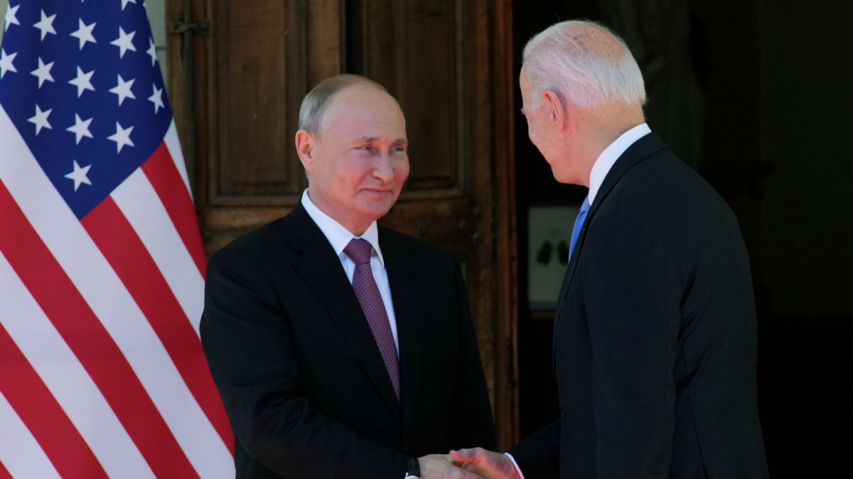"Путин о реакции на слова Байдена об ""убийце"": ""Меня устроили объяснения"""