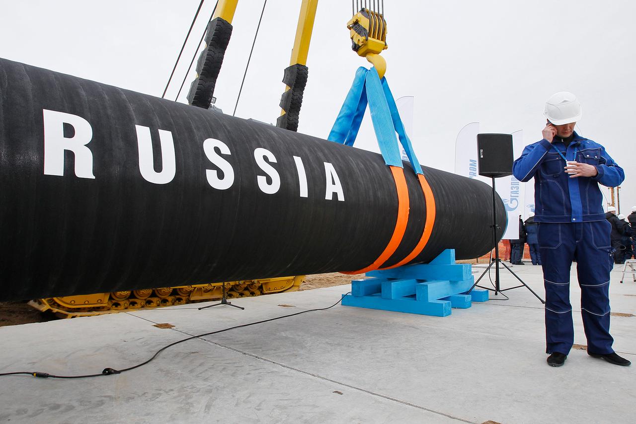 """Новые санкции против """"Северного потока 2"""": в США внесли их в ключевой документ, в Германии ответили"""