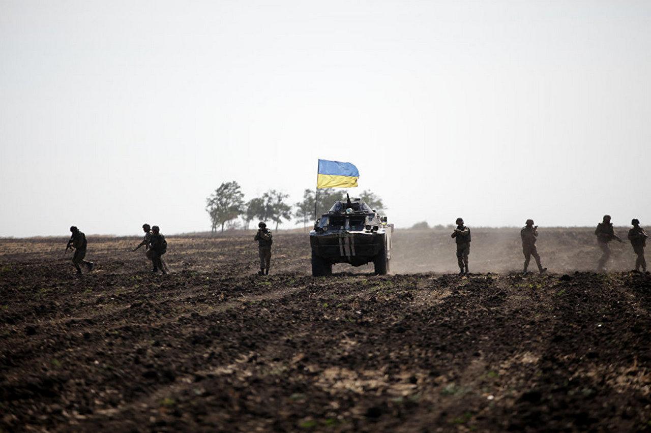 """Российские """"журналисты"""" заявили о прорыве ВСУ на Луганщине: """"Если для них ответка - это крупномасштабное, то что же с ними бывает, когда пару БТРов видят?"""""""