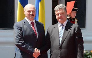 Лукашенко: Беларусь заинтересована в нормализации обстановки в Украине