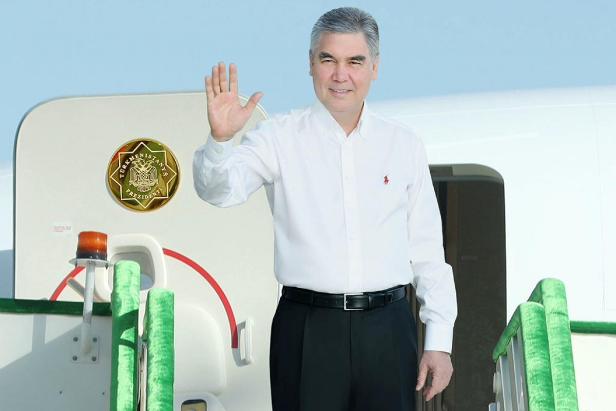 Президент Туркмении отказался участвовать в параде в Москве - Путину компанию составят лидеры Абхазии и Южной Осетии