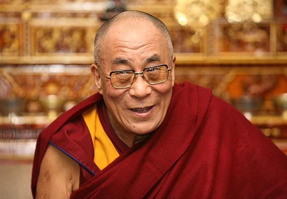 Нобелевские лауреаты и Далай-лама призвали прекратить войну в Украине и начать переговоры