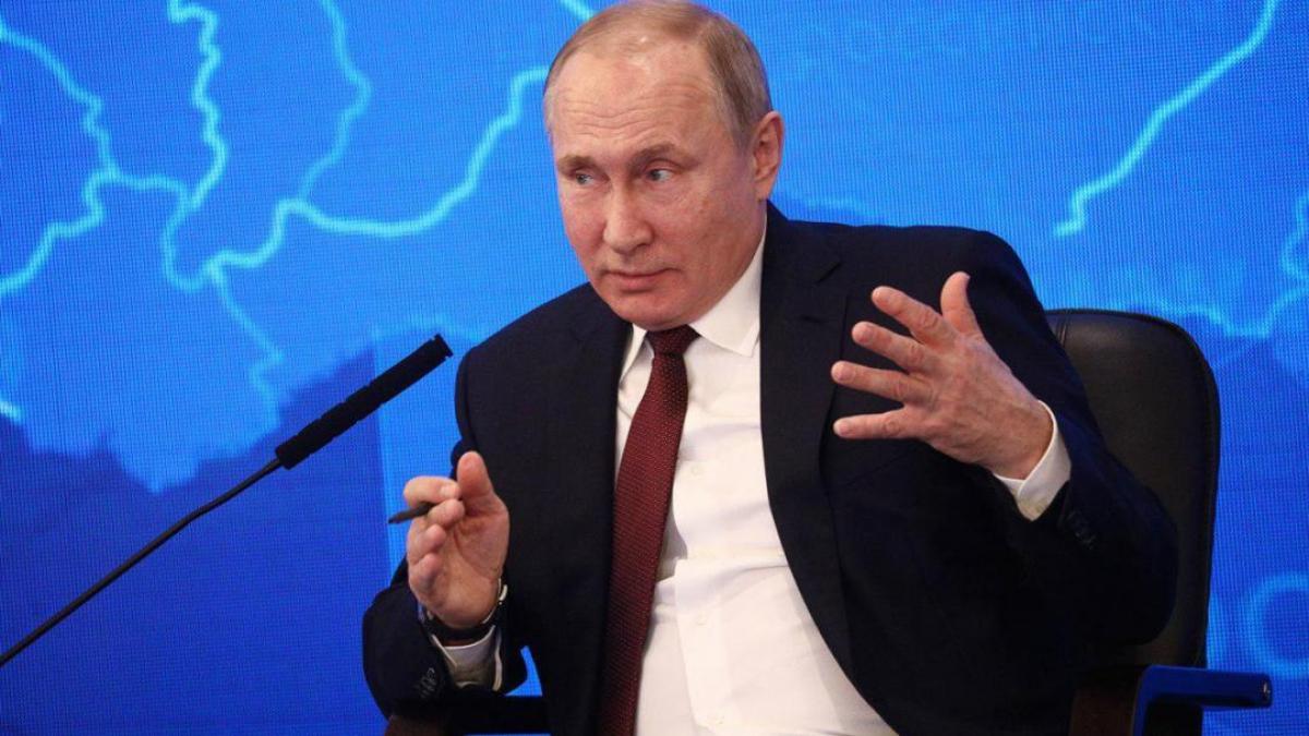 """Блогер о планах Путина на Украину: """"Вторжение в Крым и на Донбасс проводилось тоже под видом учений"""""""
