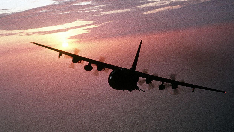 """На Филиппинах потерпел крушение военный самолет """"C-130"""": есть жертвы"""