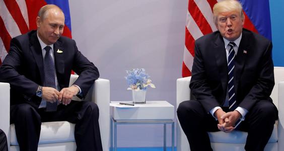 Дрожал от страха: на первой встрече с Трампом Путин боялся поднять глаза на американского коллегу - кадры