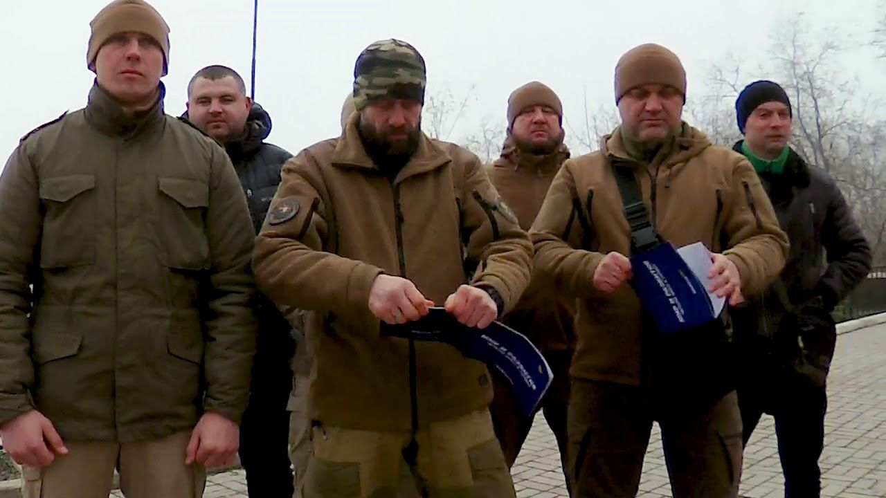Жители Мариуполя записали обращение к России: военных РФ предупредили, что их ждет в Украине