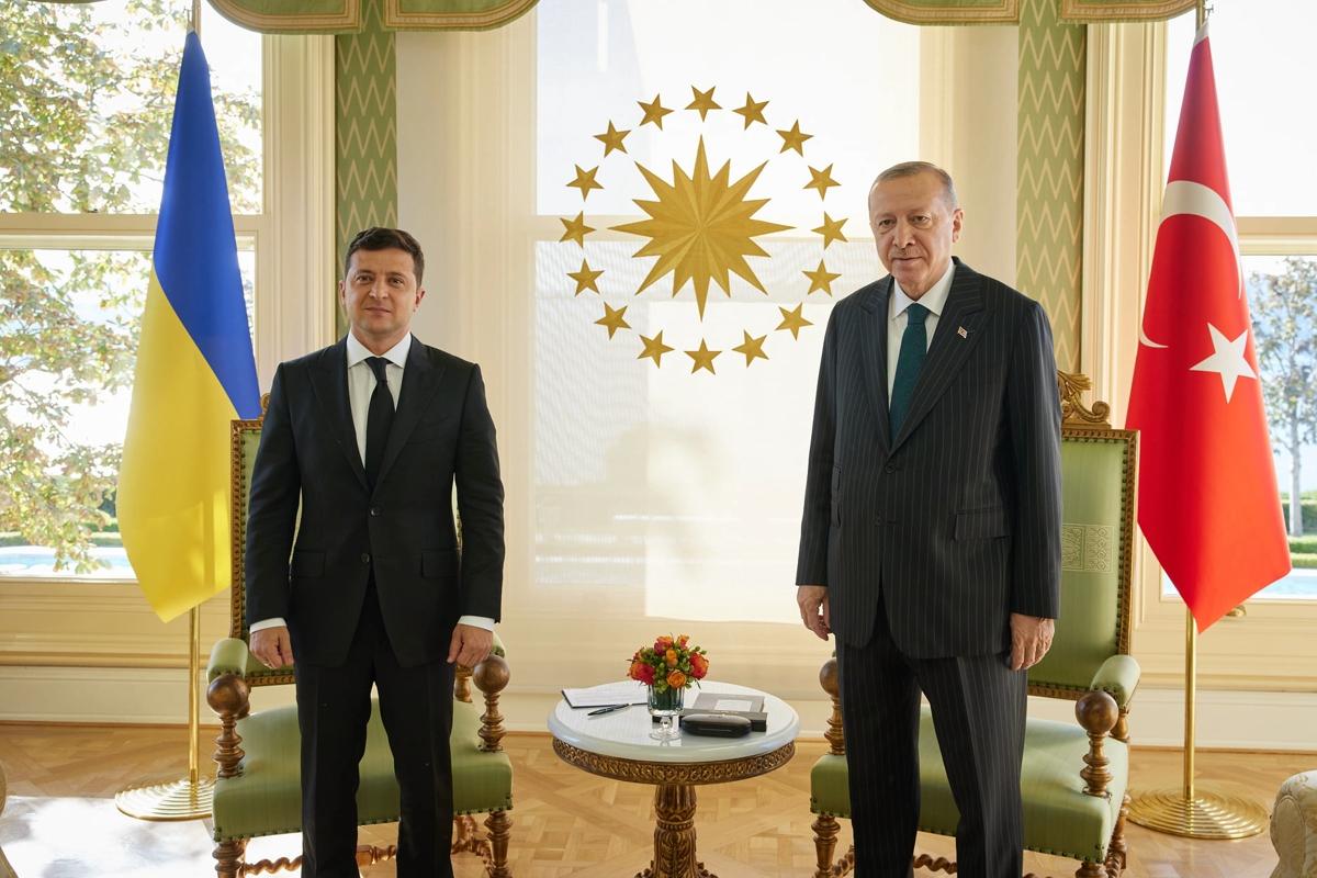 """Эрдоган на встрече с Зеленским пообещал помощь с Крымом и Донбассом: """"Во имя стабильности"""""""