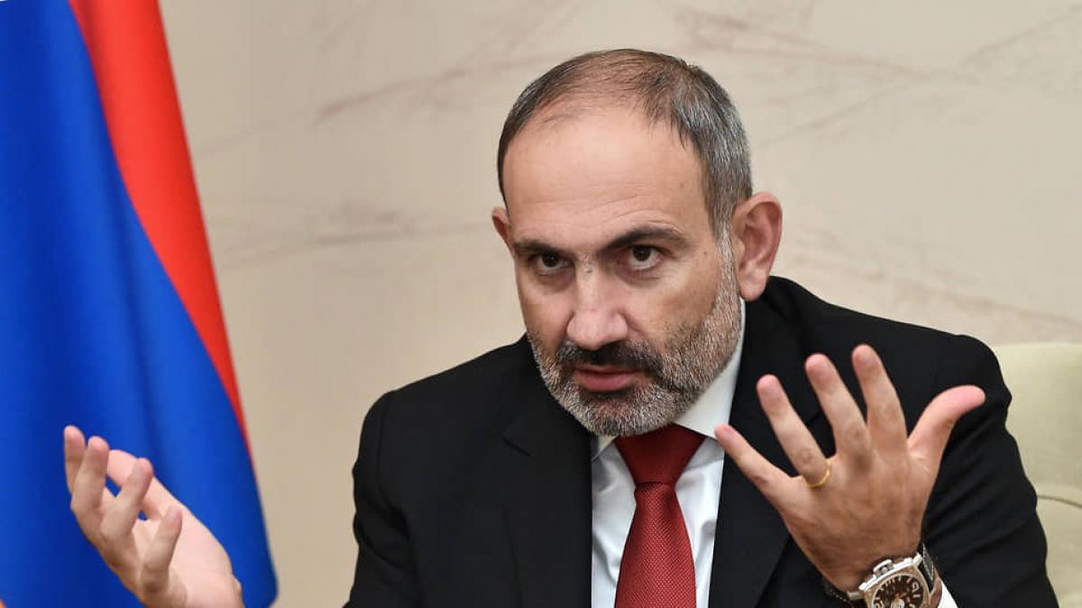 "Пашинян объявил об окончании войны за Карабах: ""Я принял условия Алиева"""