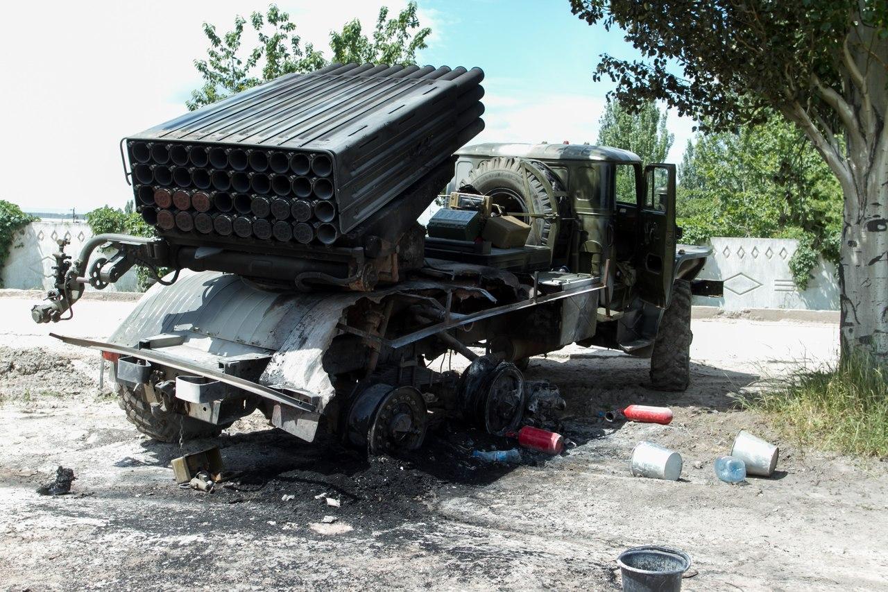 Силы АТО продолжают удерживать аэропорт Донецка: ночью ДНРовцы штурмовали объект танками