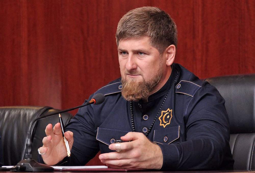 """Кадыров нанес удар по """"скрепам"""" - проклял Сталина и поблагодарил Хрущева: """"Сталин подвел чеченцев к краю бездны, а Хрущев добился их возвращения на Родину"""""""