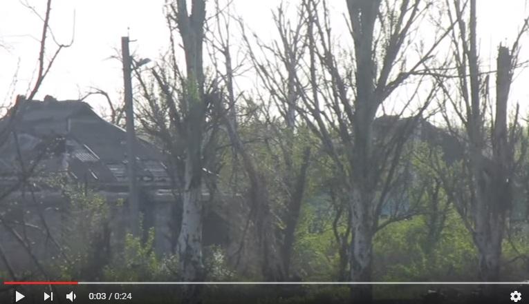Эксклюзивные кадры боя сил АТО с российскими террористами рядом с Донецким аэропортом – ВСУ мужественно держат оборону