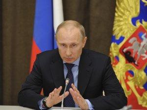 Что нужно Путину, чтобы ввести миротворческие войска в Украину
