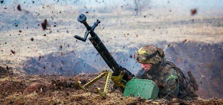 Боевики на Донбассе 12 раз нарушили перемирие: у ВСУ есть раненый