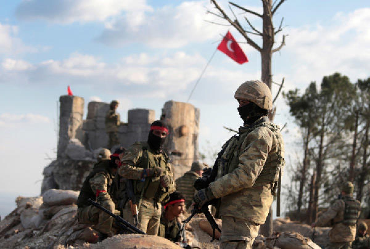 Турция ударила по штабу курдских формирований и российских военных: есть погибшие и раненые - СМИ