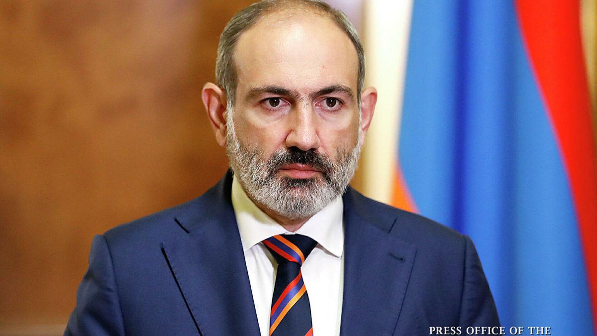 Пашинян уходит в отставку с поста премьера Армении: политик назвал причину