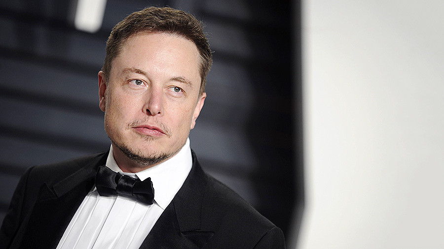 """Илон Маск впервые продемонстрировал """"ракету будущего""""  Falcon Heavy – кадры"""