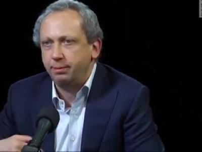 Российский финансист Рабинович: рубль - бумажка банановой республики