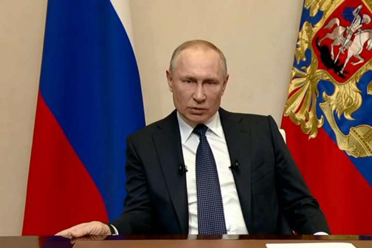 Путин снова проигнорировал Зеленского: Кремль напрямую обратился к украинцам перед 9 Мая