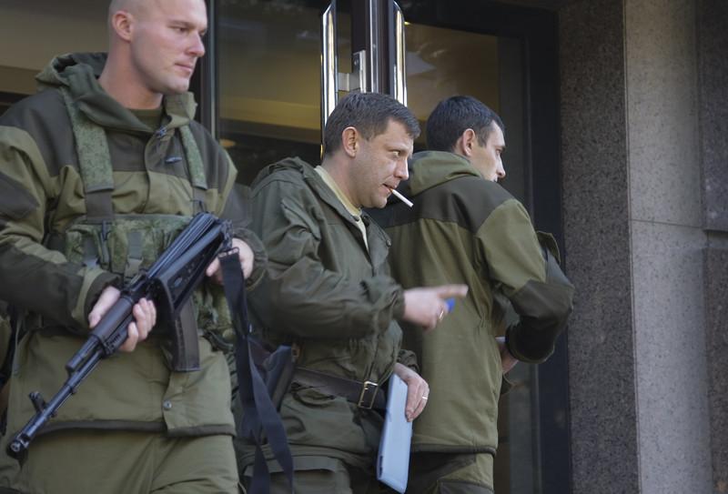 """Будет много людей: в оккупированном Донецке готовят """"покушение"""" на Захарченко – громкие подробности"""