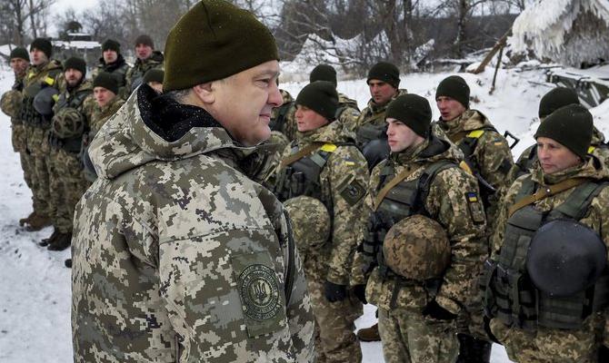 Порошенко продемонстрировал всю мощь Вооруженных сил Украины в 2018 году - устрашающие врага кадры