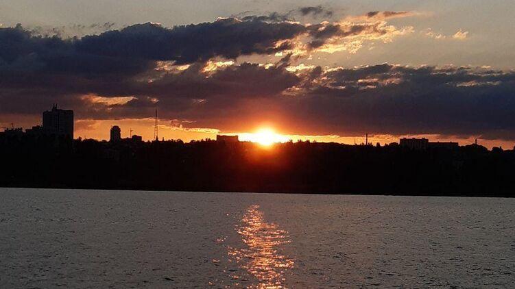 В Украину идет аномальная жара: синоптики сказали, в каких областях температура будет самой высокой