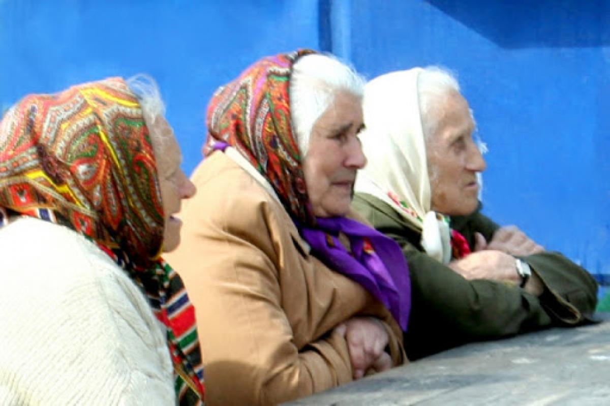 Украинкам придется работать дольше: с апреля изменится пенсионный возраст для женщин – что нужно знать