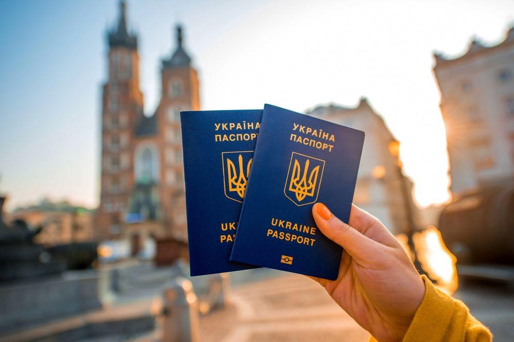 """Порошенко напомнил Украине о важной дате: """"Этот день стал символом прощания с """"совком"""""""""""