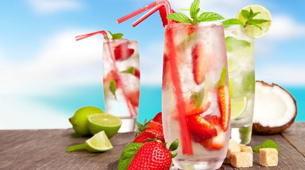Что можно есть и пить в жаркую погоду: советы диетолога Оксаны Скиталинской