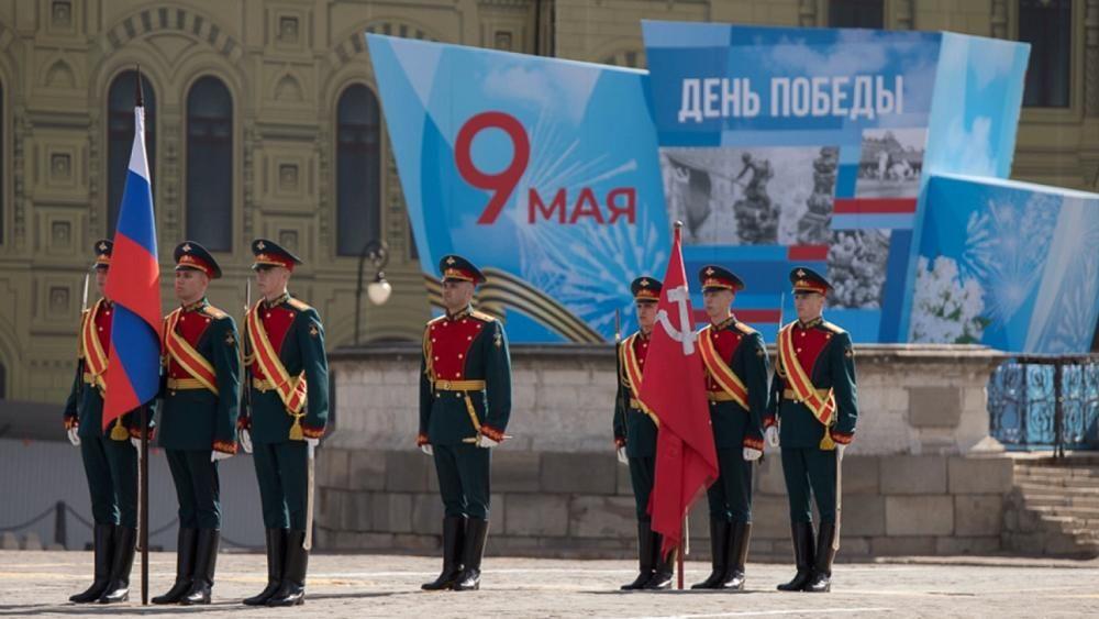 Российский военный потерял сапог во время парада на Красной площади: видео инцидента попало в Сеть