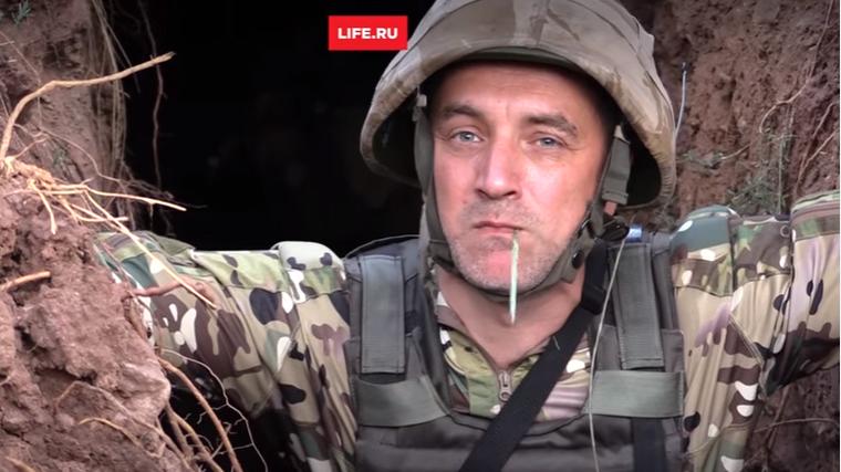 """Литературный """"комбат"""" Прилепин размечтался о походе на Киев и показал исламских боевиков своего """"штурмового батальона"""" - кадры"""