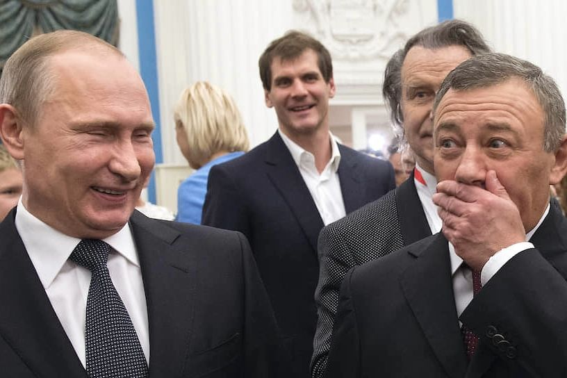 """Спарринг-тренер Путина по дзюдо объявил себя владельцем дворца под Геленджиком: """"Это не секрет"""""""