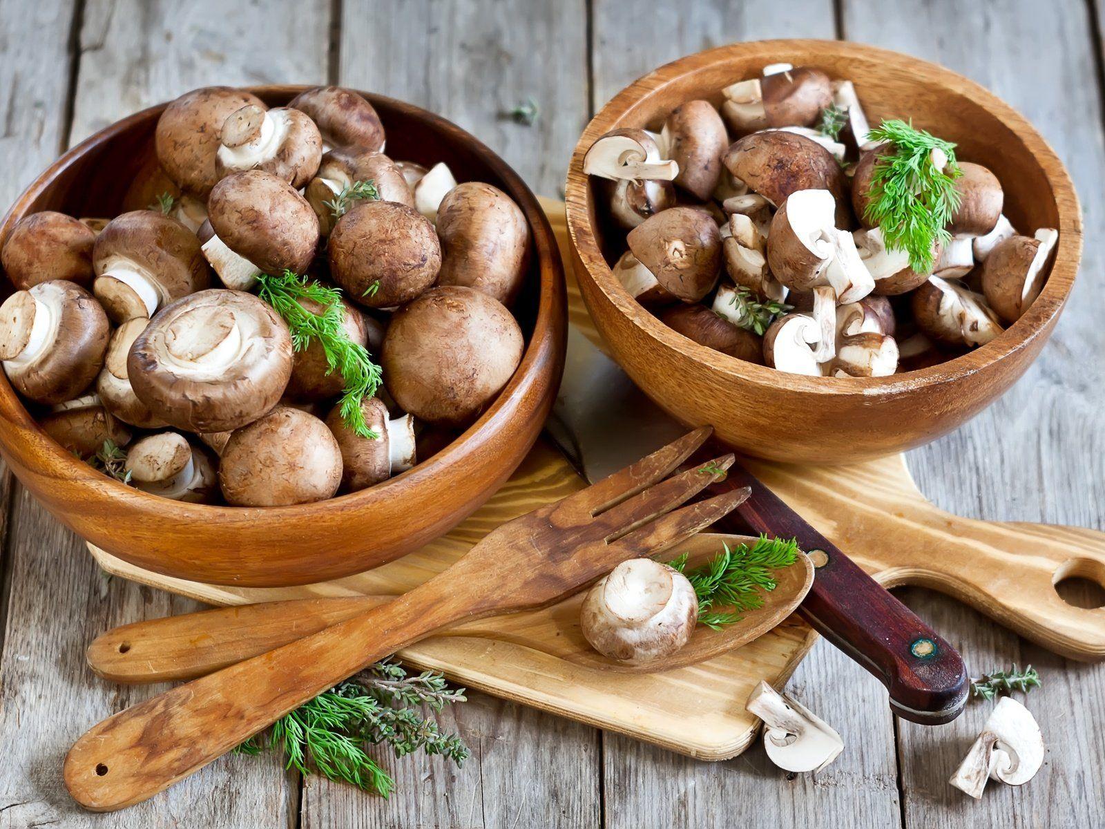 Быстрый рецепт маринованных грибов, которые сразу можно подавать к столу
