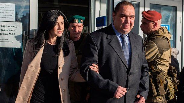 """""""Набрав полные сумки вещей, она всегда уходила, не расплатившись"""", - в Луганске рассказали об экстравагантных привычках жены Плотницкого"""