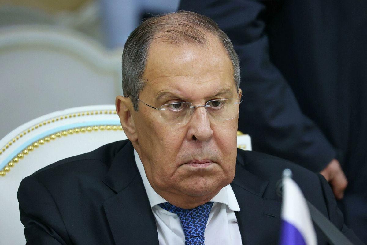 """СМИ нашли секретную """"подругу Лаврова"""" с необъяснимыми активами на 1 млрд руб."""