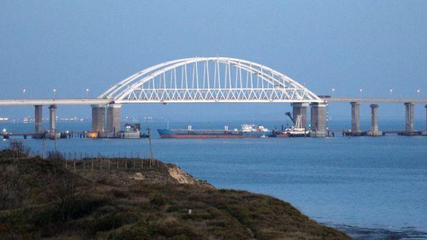 новости, Крым, Керченский мост, Крымский мост, молнии