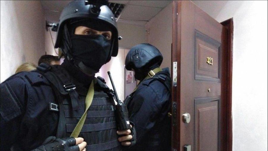 """После слов Байдена о Путине в РФ начались массовые аресты якобы """"проукраинской молодежи"""": счет идет на десятки"""