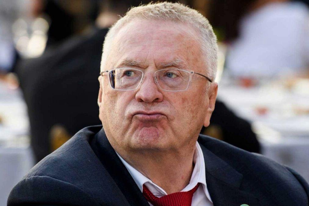 """""""Путина сюда приведи"""", – 89-летняя пенсионерка отчитала Жириновского и отказалась от его денег"""