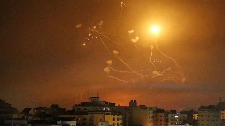 Израиль вновь подвергся ракетному обстрелу со стороны сектора Газа: есть разрушения
