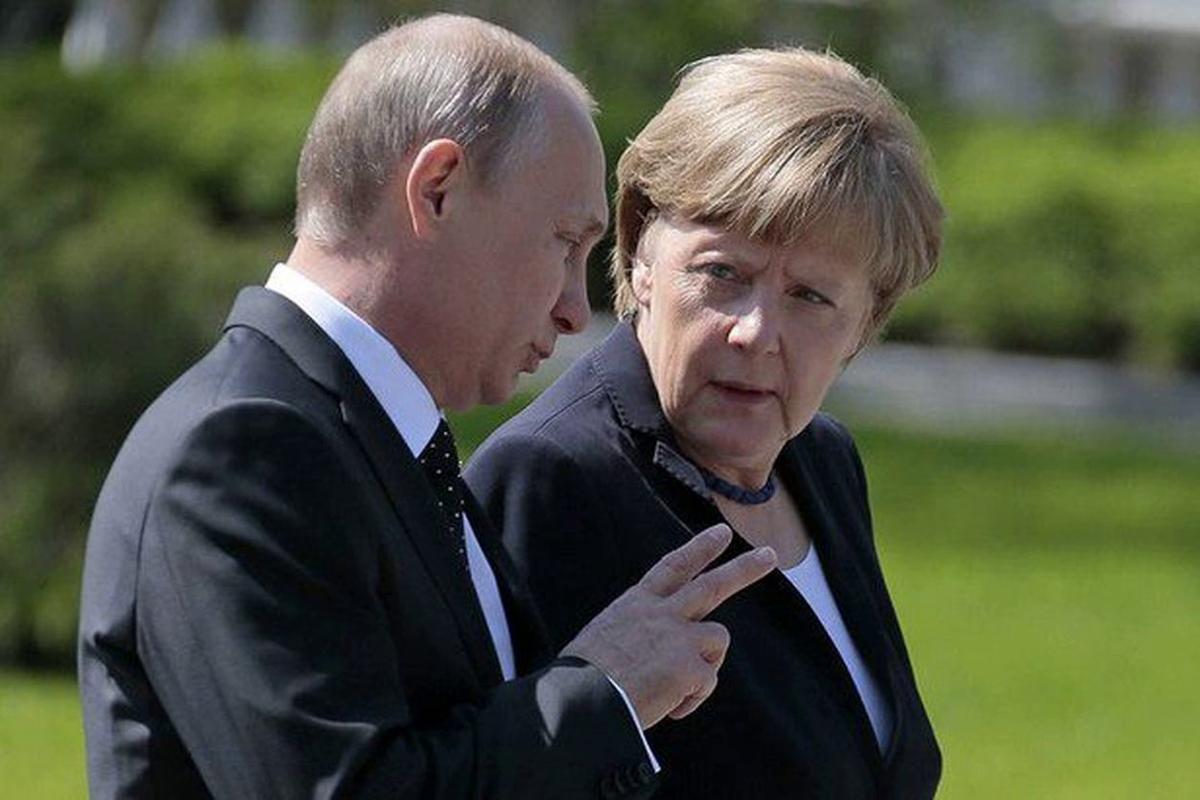 """Эксперт РФ о новых санкциях: """"Меркель сбрасывает балласт, стали слишком токсичными"""""""
