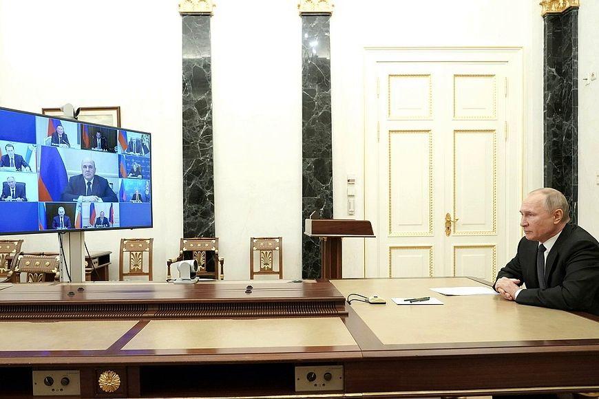 Путин собрал Совбез через пару часов после слов Алиева - присутствие РФ в Карабахе под угрозой