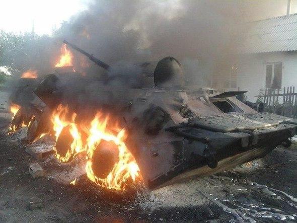 Бунт российских наемников в районе Тореза: боевики жгут танки и требуют их вернуть назад в Россию