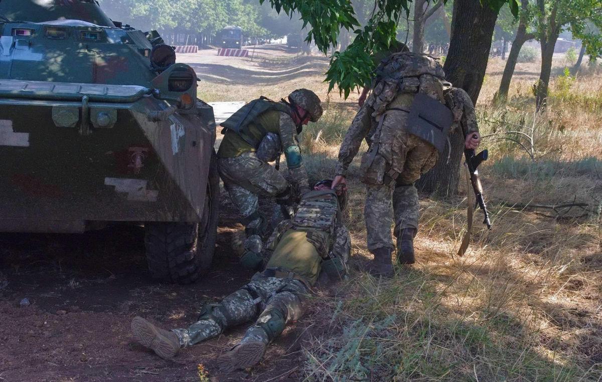 """Наемники провели """"учения"""" на Донбассе – ранены два бойца ВСУ"""