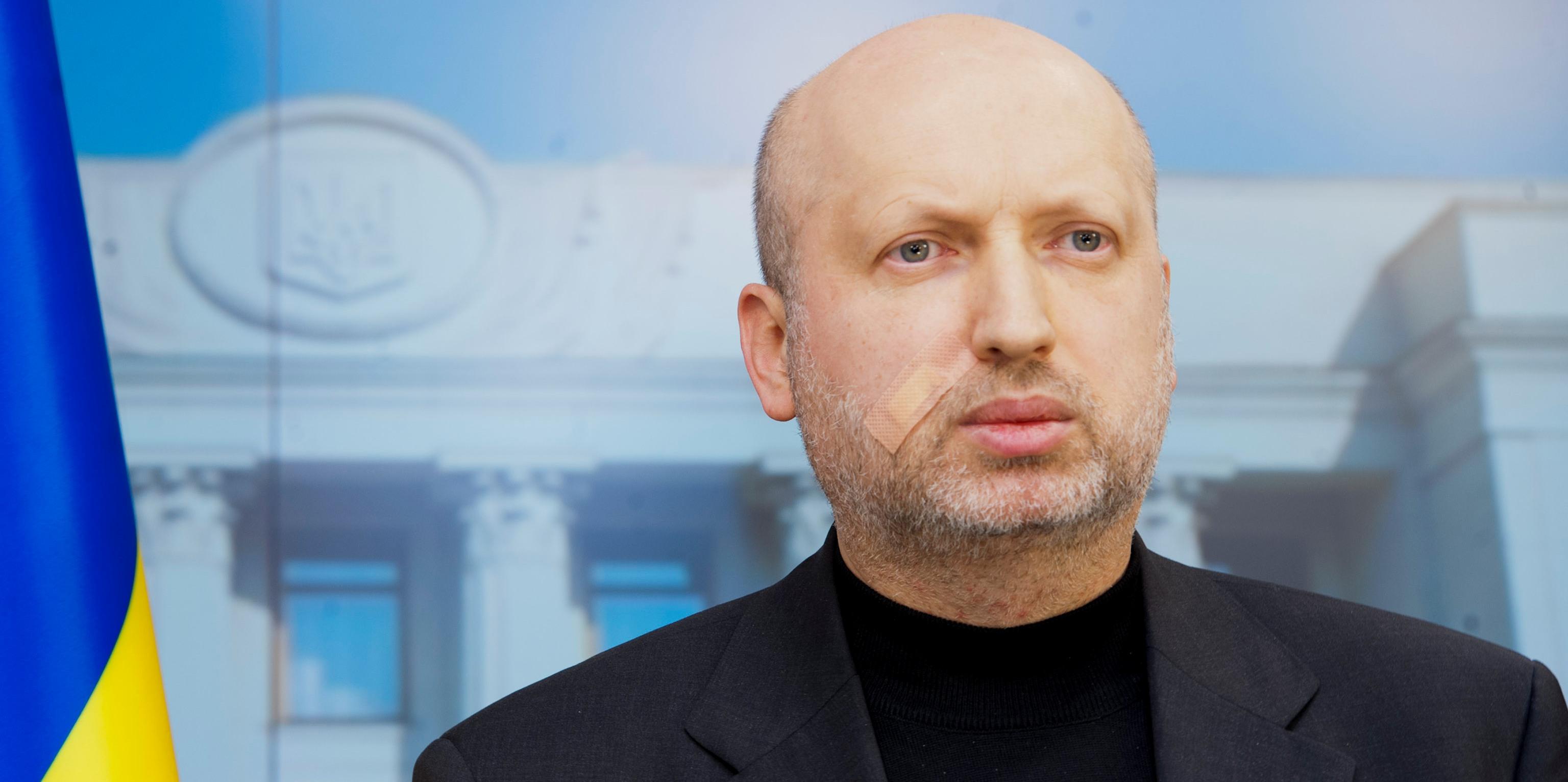 Россия официально получит статус оккупанта за войну против Украины: Турчинов рассекретил подробности закона о реинтеграции Донбасса