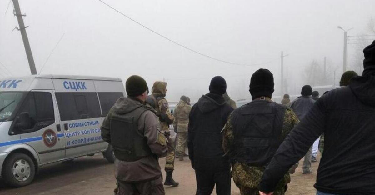 """Десятки боевиков отказались от обмена в """"ДНР"""" и хотят остаться в Украине: что произошло"""