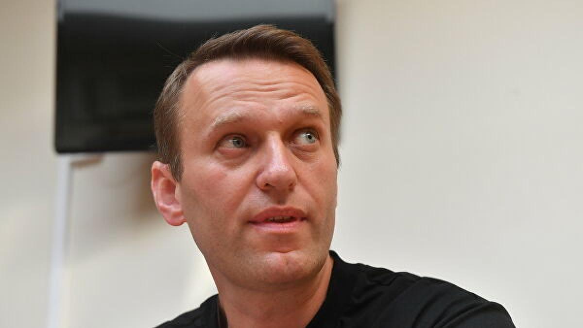 Новые подробности об отравлении Навального: предполагалось, что политик умрет в самолете