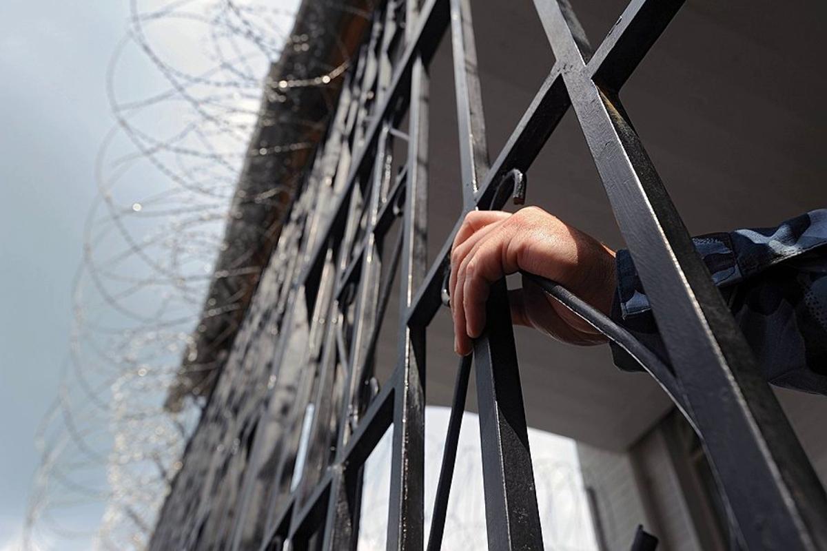 Кабмин готовит большую амнистию - тысячи заключенных выйдут на свободу