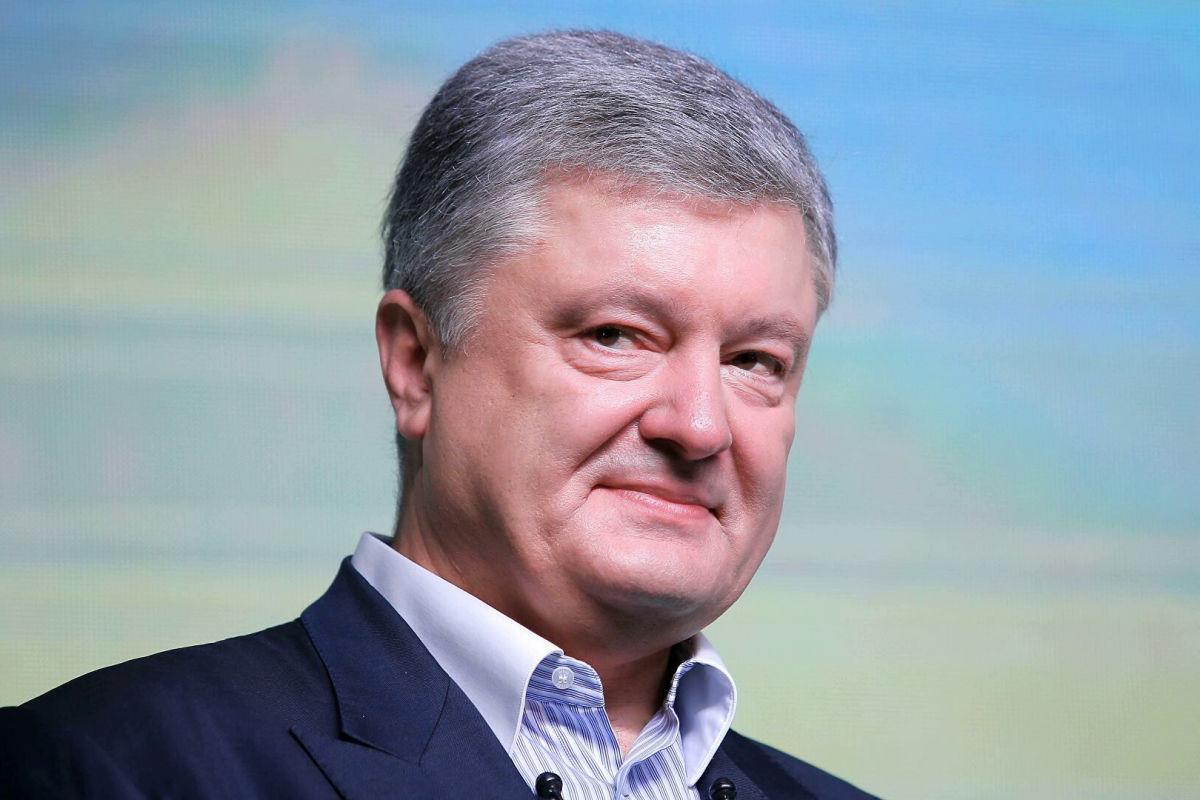 """Порошенко в преддверии """"Евровидения"""" сравнил Go_A с Русланой и Джамалой: """"Зажигают"""""""