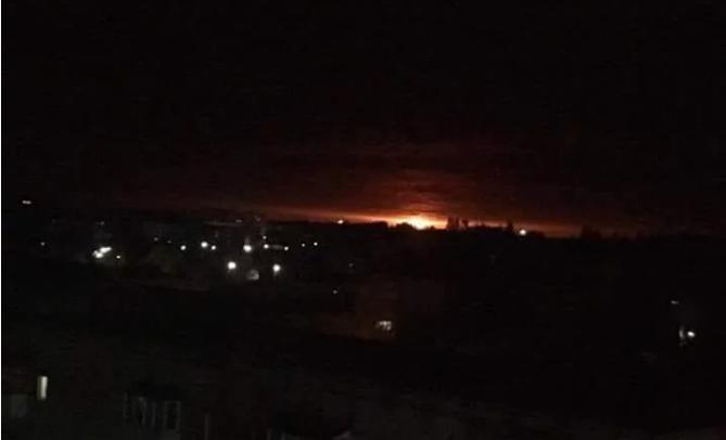Частота взрывов в Ичне зашкаливает: 3 взрыва в секунду - Порошенко срочно вызвал силовиков для ответа по ЧП - кадры