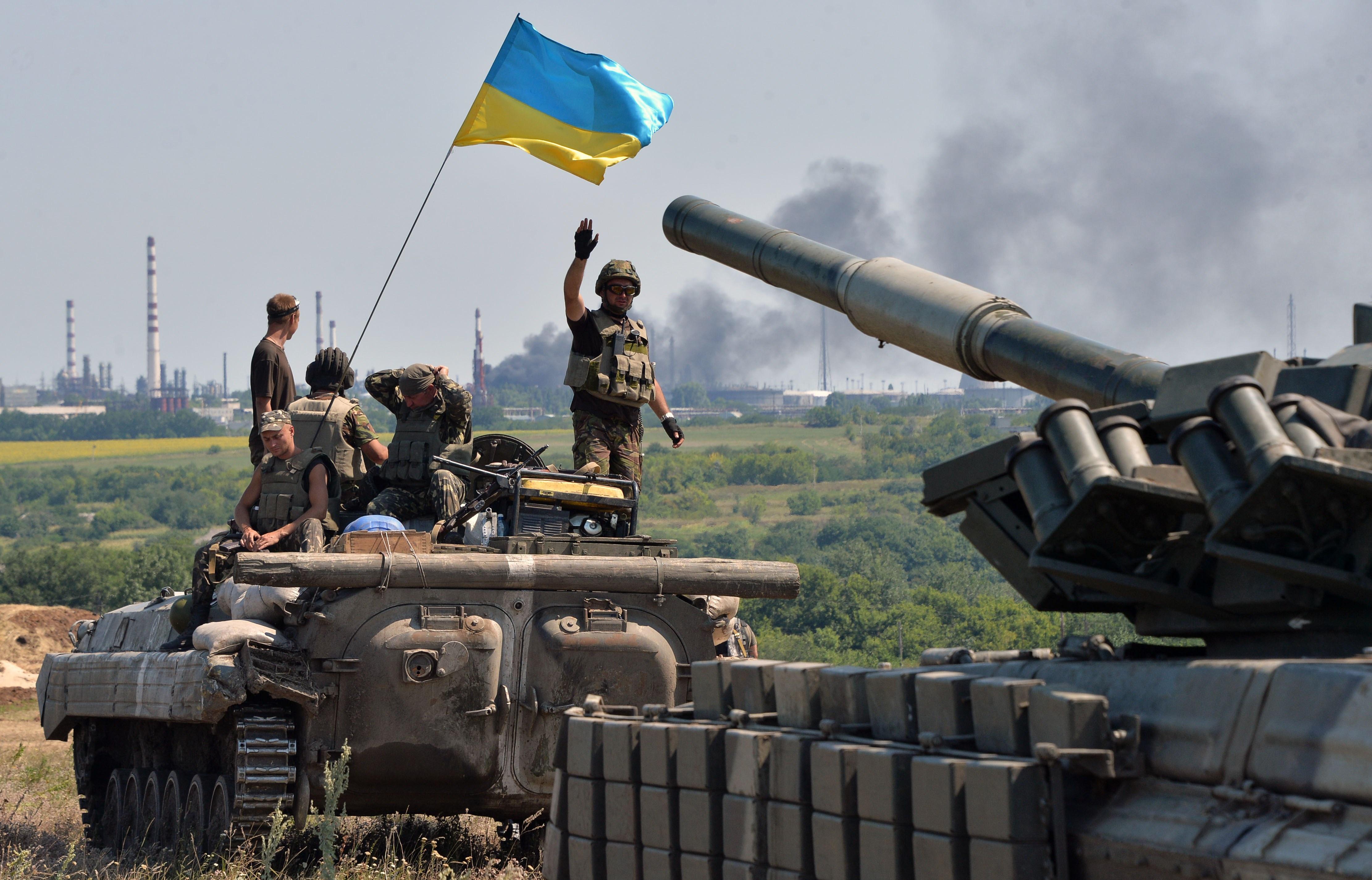В Иловайск к украинским силовикам едет подкрепление